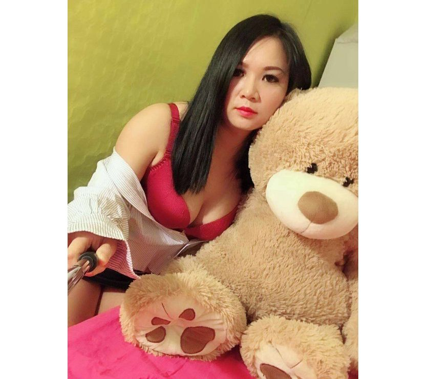 Asian girl very nice, 06 43 13 33 14
