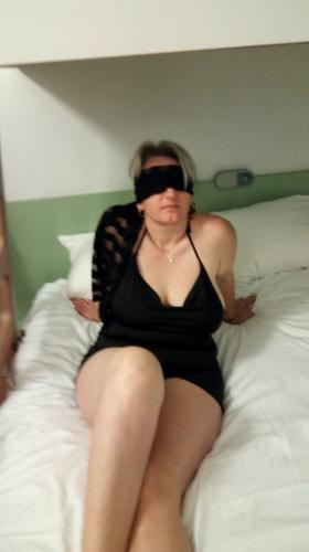 Pretty blonde without taboo in Clermont Ferrand
