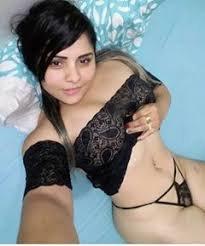 FEMME CHAUDE ET SEXY DISPONIBLE POUR PLAN CUL 06644669293